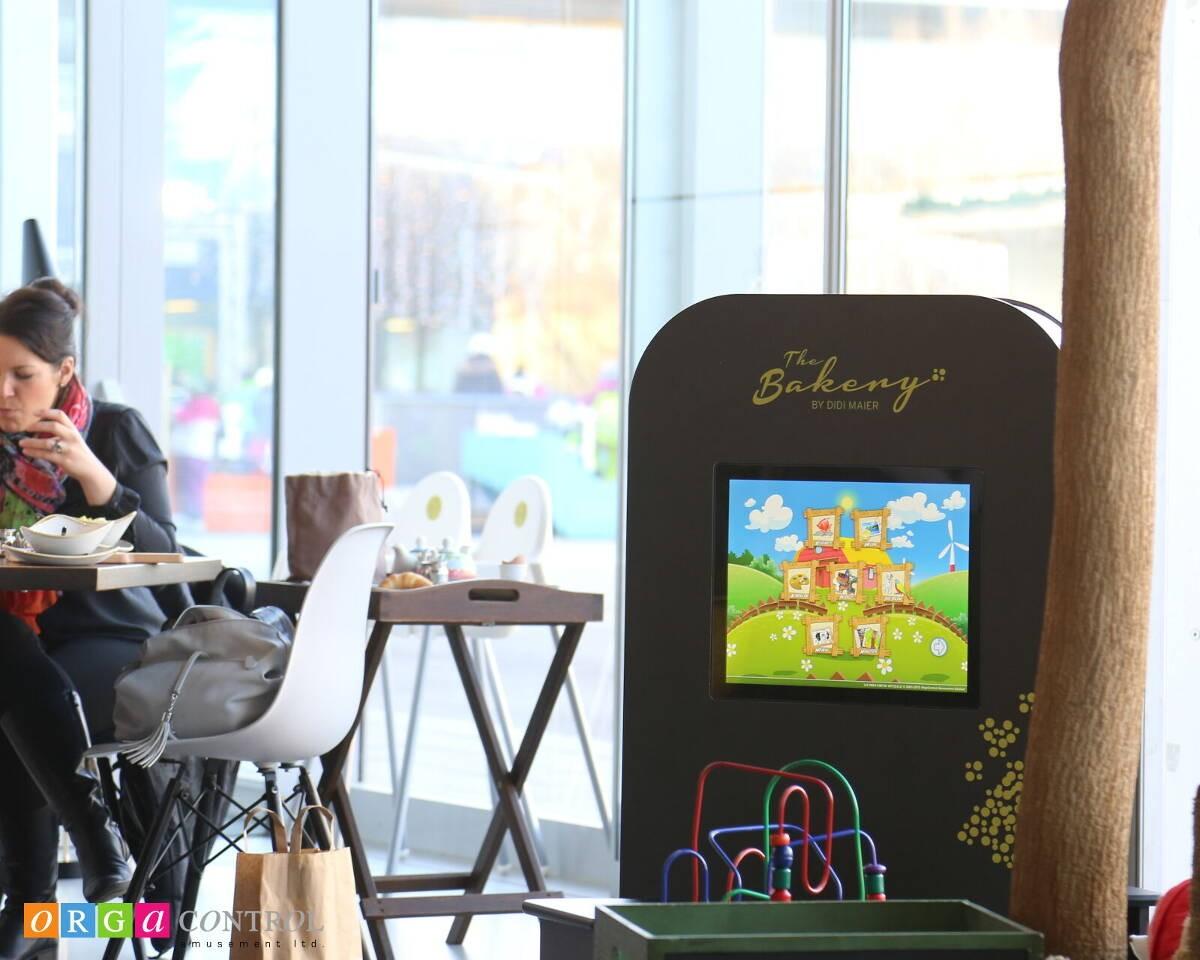 Kinderspielecke MyKidsCorner in der Gastronomie bei Didi Maier The Bakery