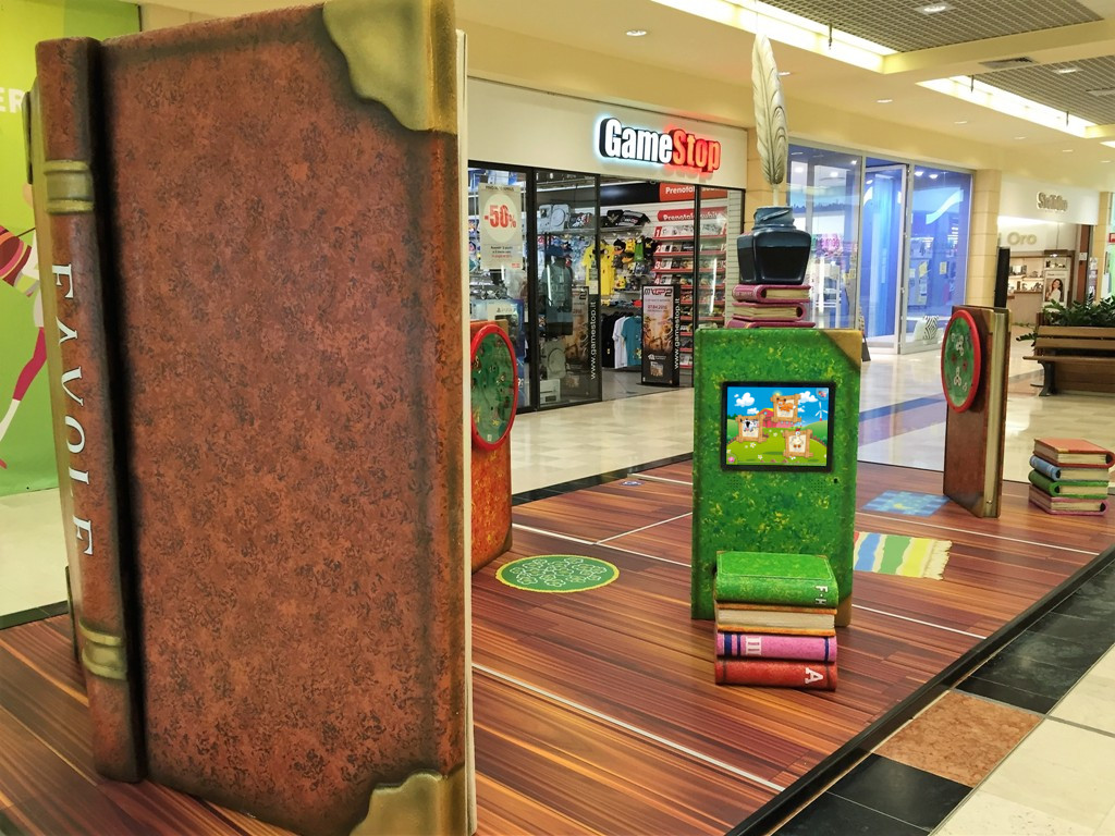Magic Screen Einbausatz als Kinderspielecke in einem Shopping Center - Installation by 3e60