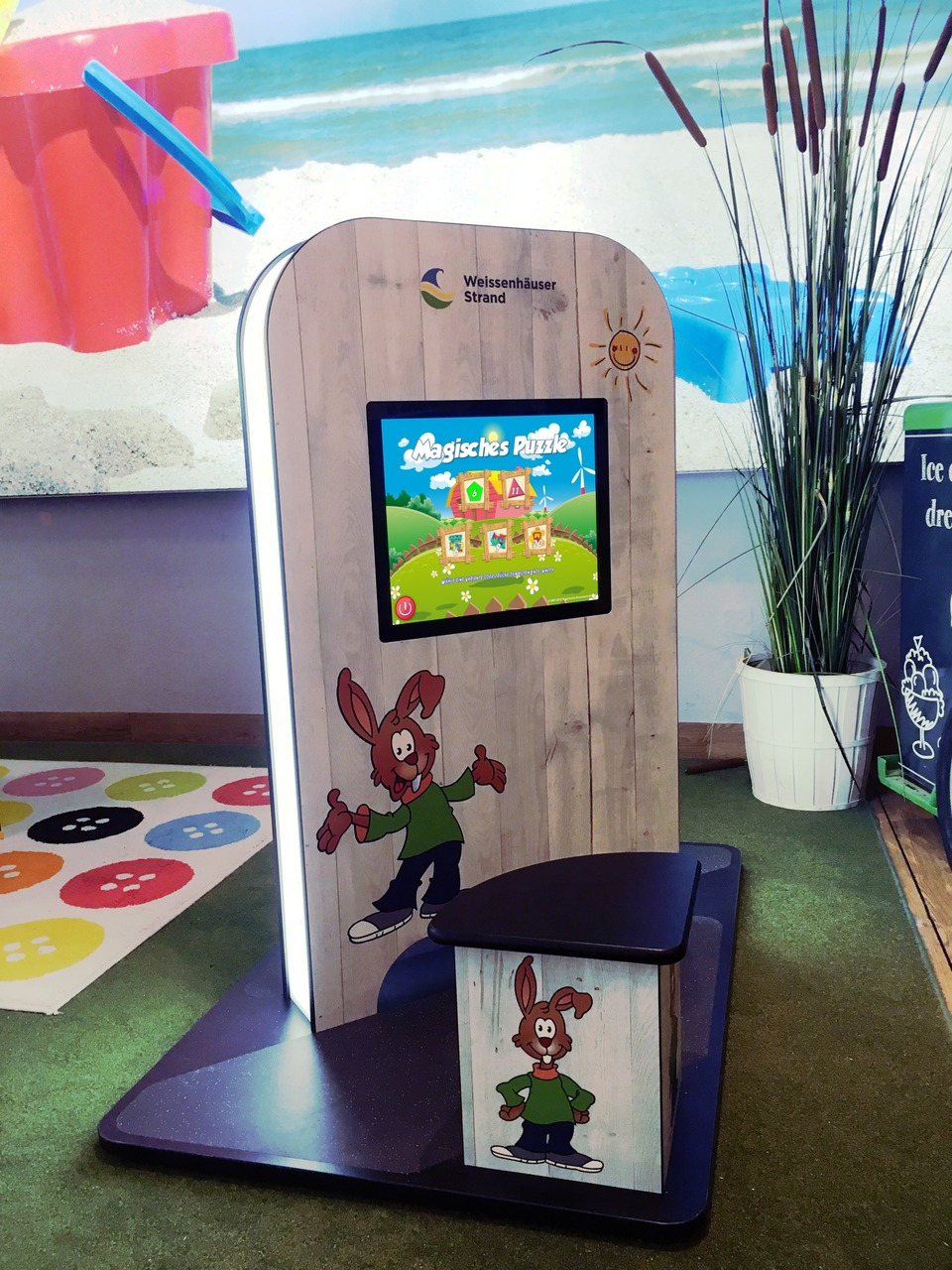MyKidsCorner Deluxe 2 x Touchscreen customized for Weissenhäuser Strand